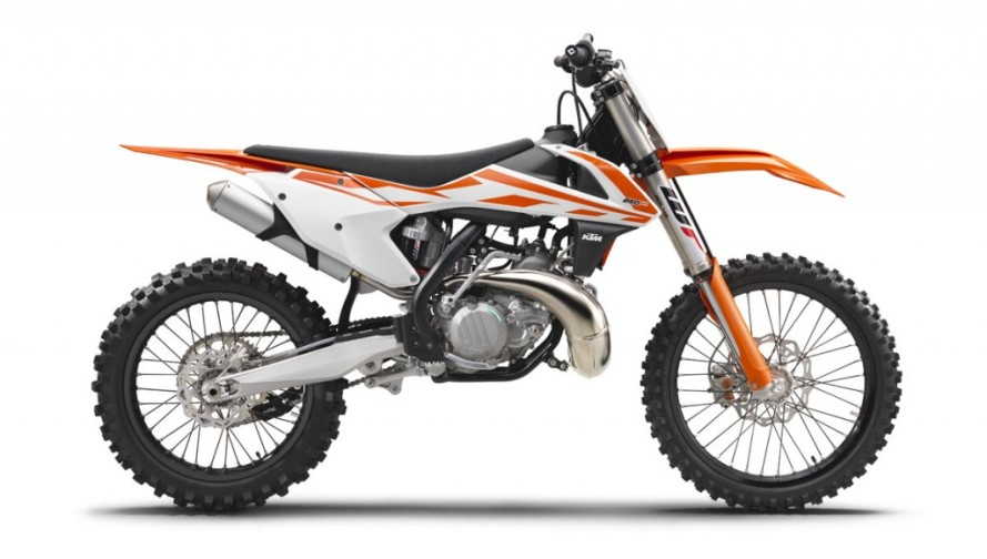 141623_ktm-250-sx-90de-right-my2017-studioweb-1024x580.jpg