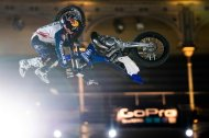 RED BULL X FIGTHERS: PAGES X 4 EN MADRID!